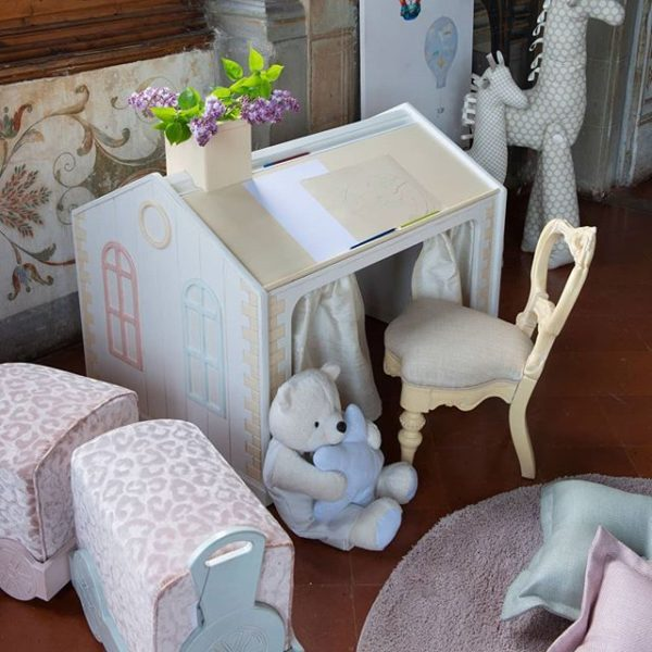 HOW TO BUILD A STYLISH CHILD FRIENDLY HOME